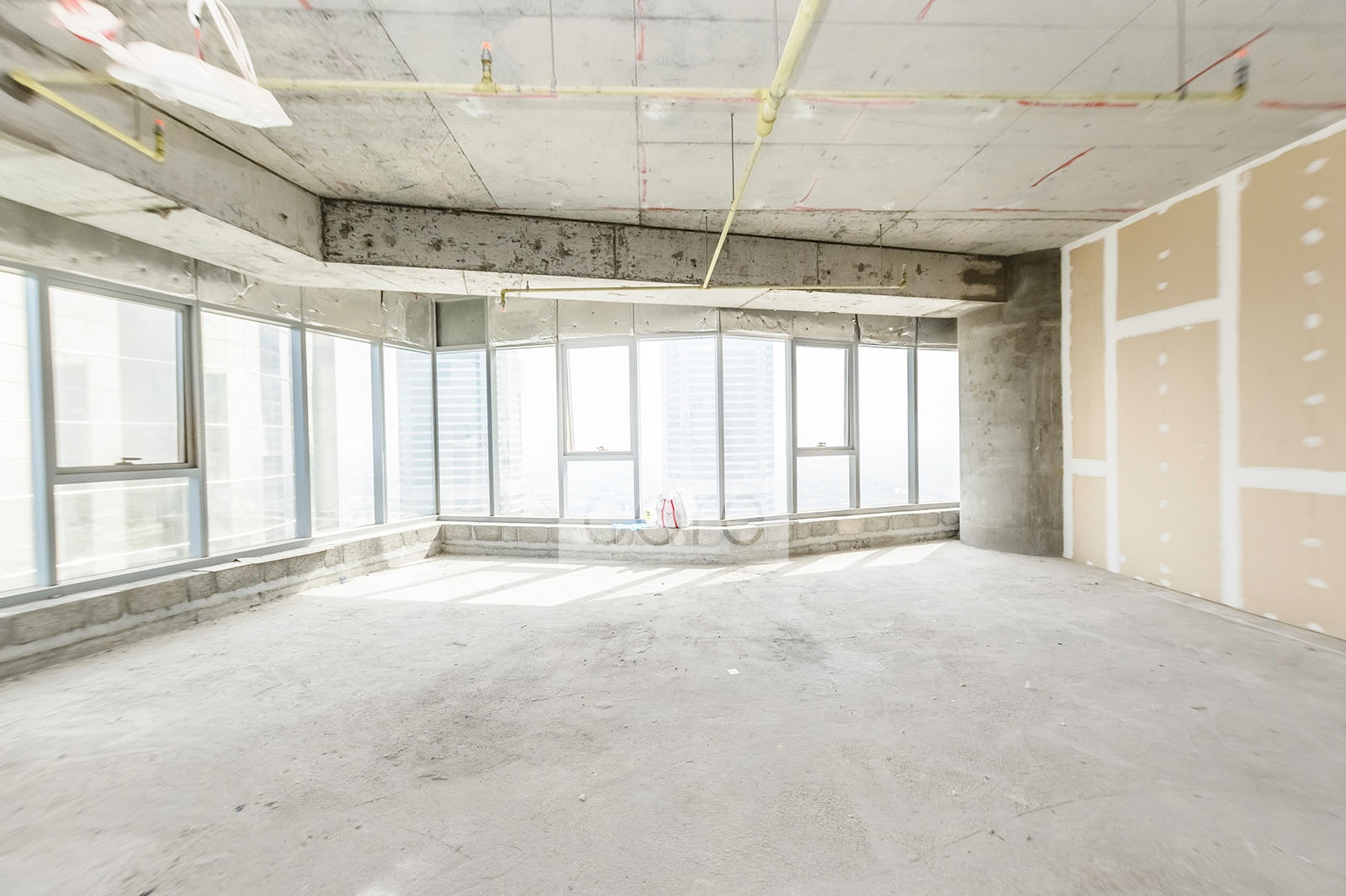 Shell And Core Office High Floor Dmcc Co R 12700
