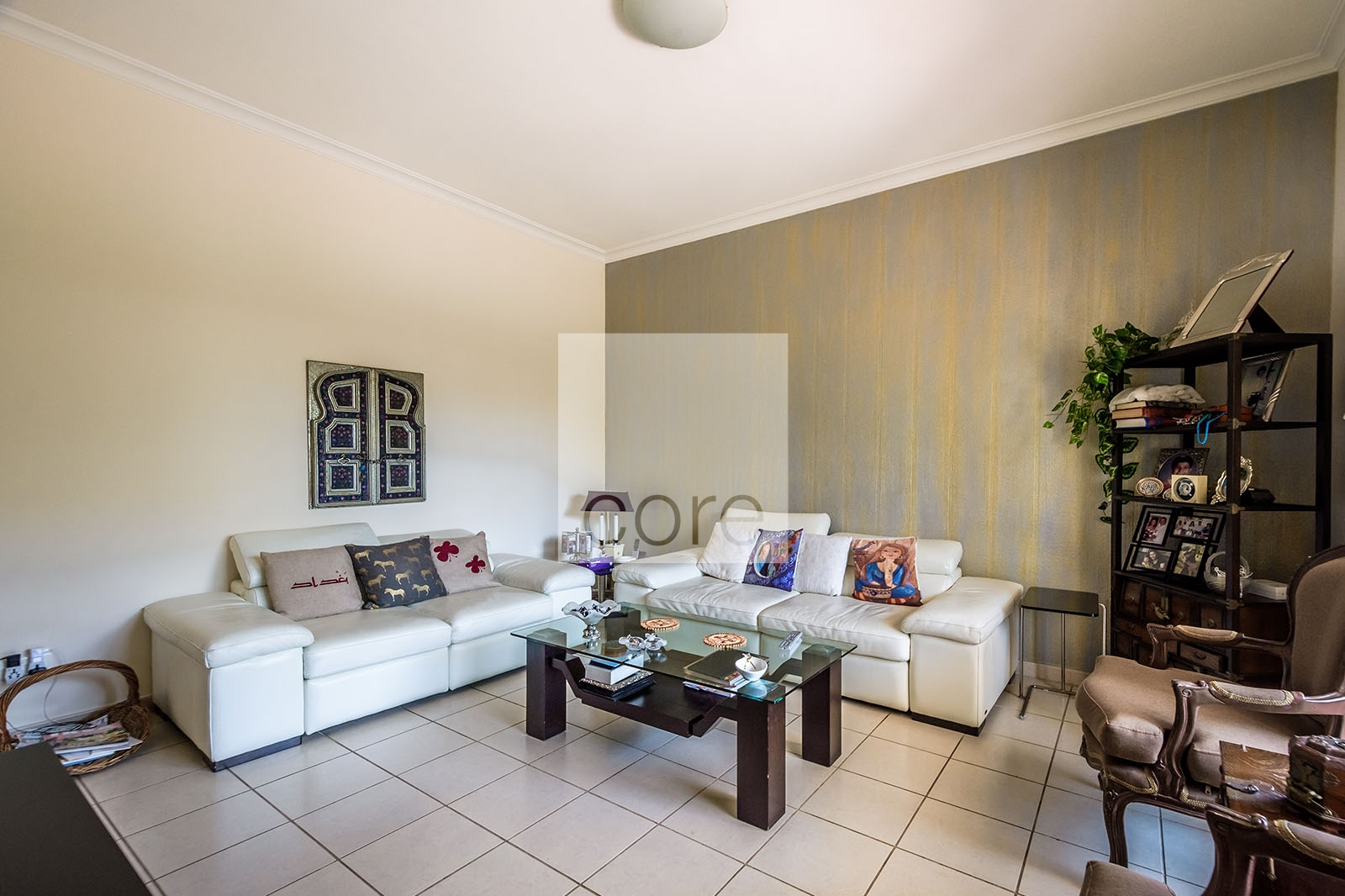 Immaculate Condition I Near Park And Pool | Property Photo 8